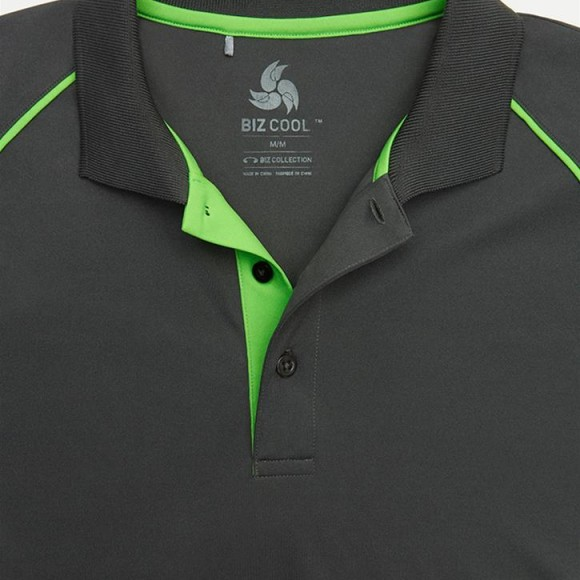 p405ms_razor-mens-polo_grey-fluro-lime_placket-detail_01_725